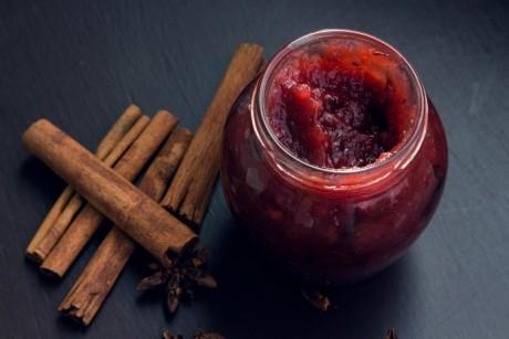 Weihnachtliche Pflaumen-Apfel-Marmelade