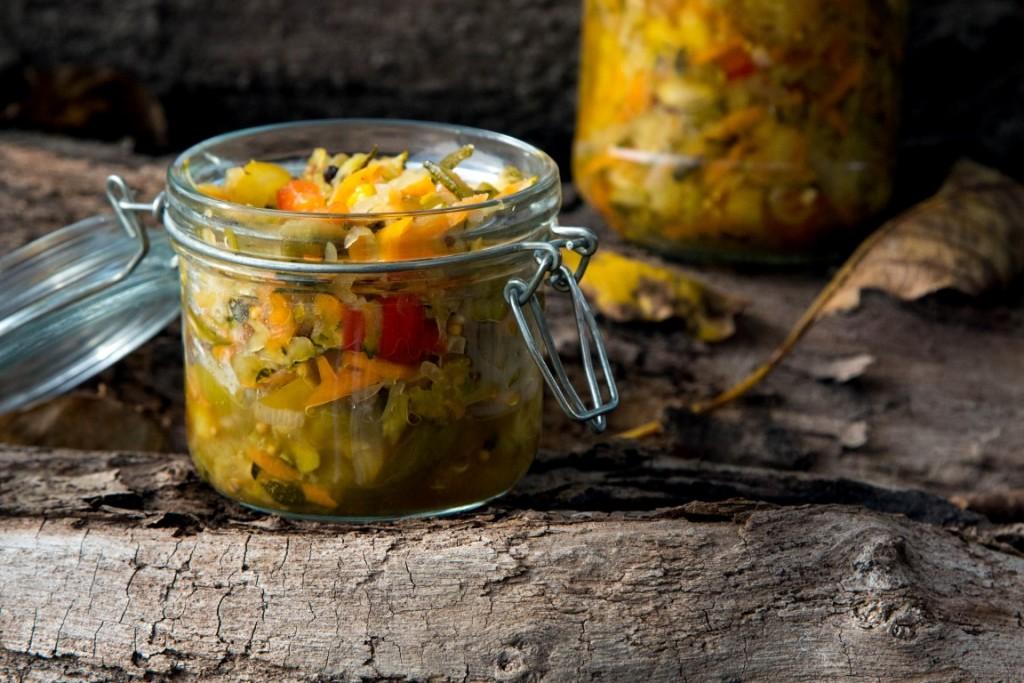 Zucchini-Paprika-Möhren-Zwiebel-Eingelegter-Salat-29