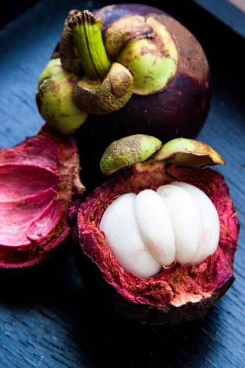 Mangostane-Exotische-Früchte-in-Thailand-18-Sorten-die-man-probieren-muss-05
