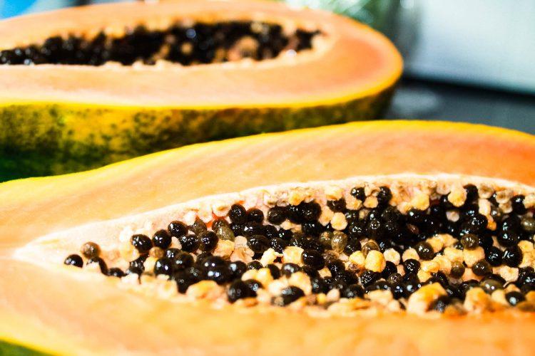 Papaya-Exotische-Früchte-in-Thailand-18-Sorten-die-man-probieren-muss-30