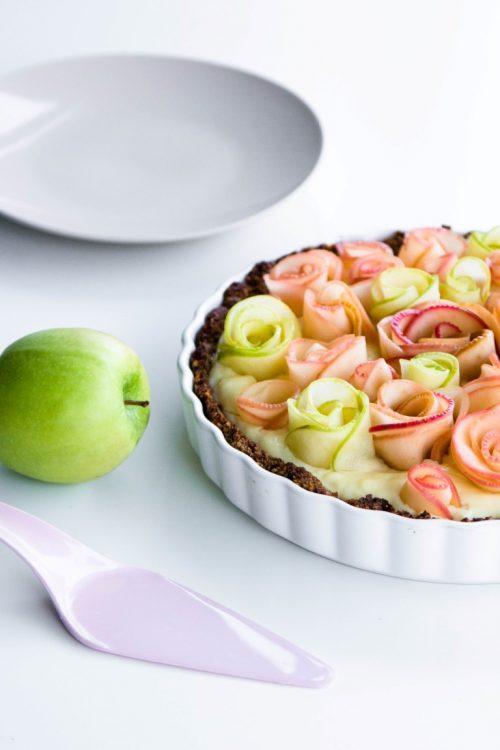 Apfelrosen-Kuchen-mit-Walnussboden-Rezept-16