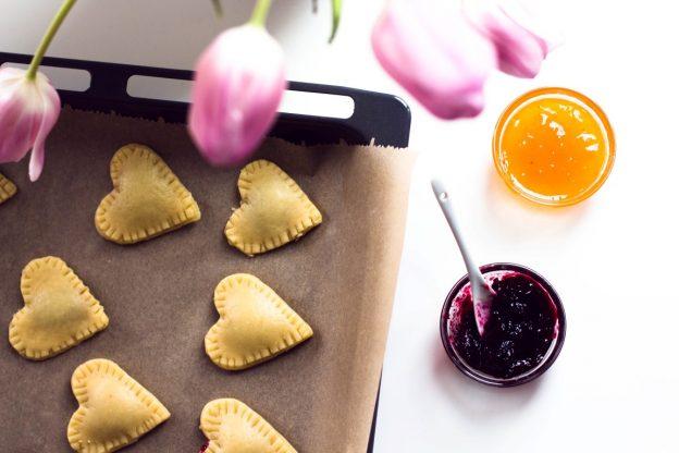 Kekse In Herzform Mit Marmeladenfullung Kaschula