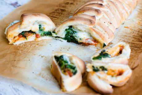 Pizza Zopf mit Spinat und Gorgonzola
