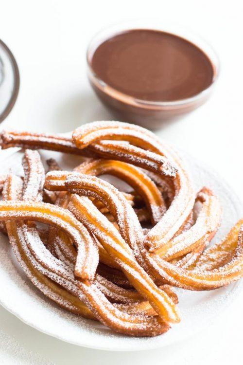 Churros-mit-Schokoladensauce-Churros-con-Chocolate-spanisches-Gebäck-Rezept-02