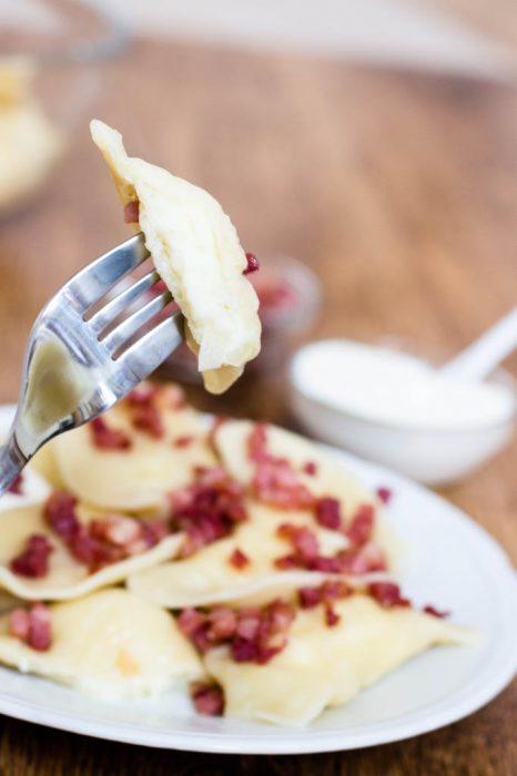 Polnische-Pierogi-mit-Kartoffeln-und-Weißkäse-(Pierogi-ruskie)-Rezept-08