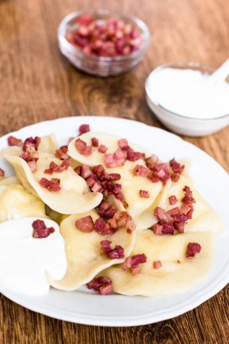 Polnische-Pierogi-mit-Kartoffeln-und-Weißkäse-(Pierogi-ruskie)-Rezept-09