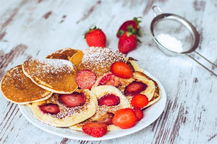 Joghurt-Plätzchen-mit-Erdbeeren-Rezept-06